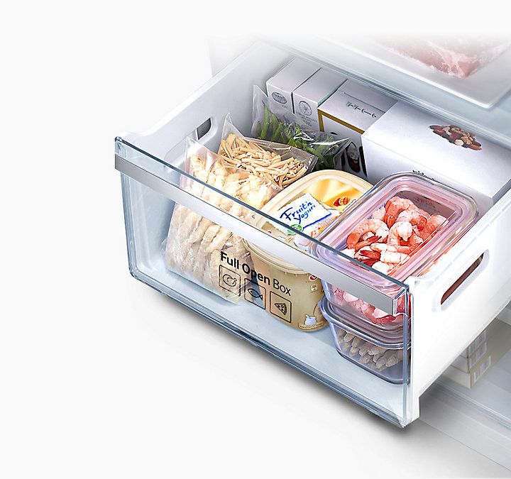 ru-feature-bottom-mount-freezer-rb37j5450ww--52654635.jpg